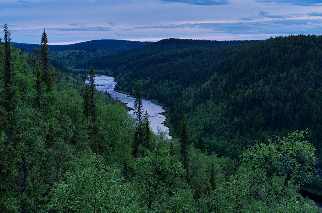 White nights at the Appisjoki river